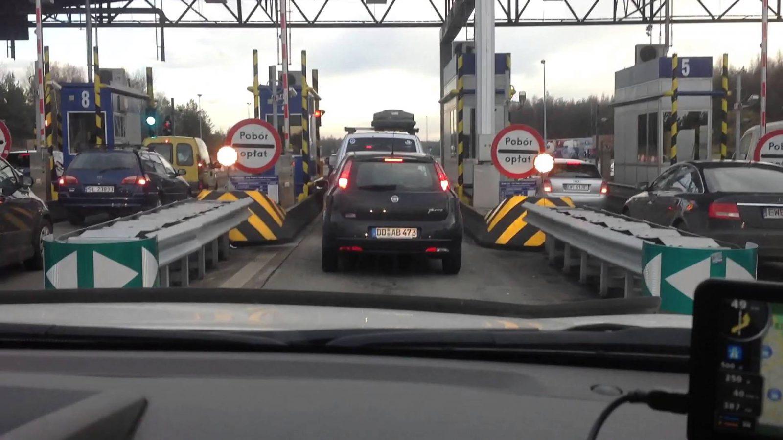 Платные дороги: перевозчики рассказали, за что они готовы платить