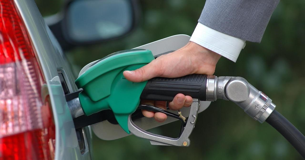 Поставки бензина на АЗС сейчас не стабильны