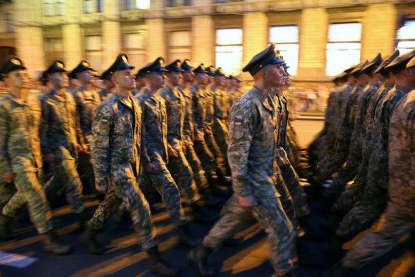 Верховная Рада отменила воинские звания прапорщик и мичман