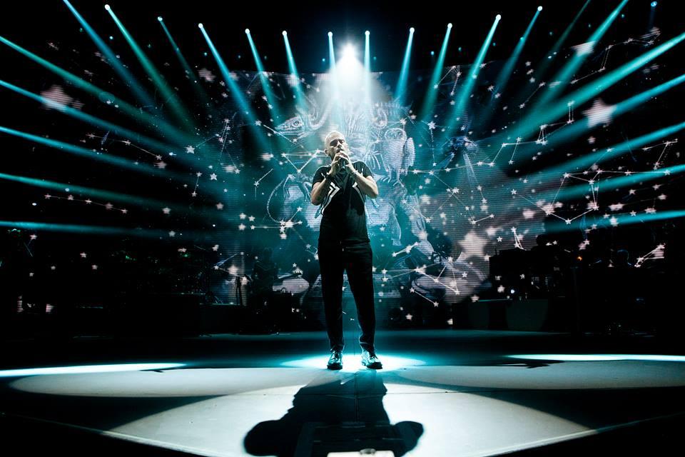 Концерт Эроса Рамазотти в Киеве отменили: как вернуть деньги за билет