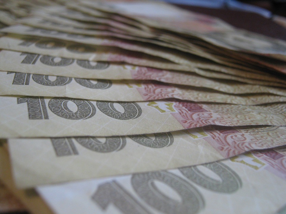 Как «решалы» разводят должников на деньги