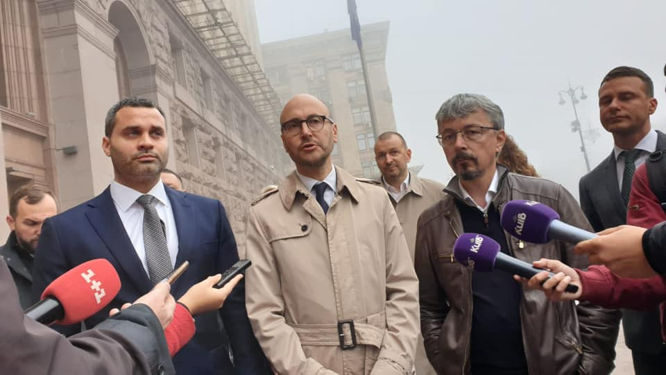 Нардеп Ткаченко объявил о создании оппозиции к Кличко