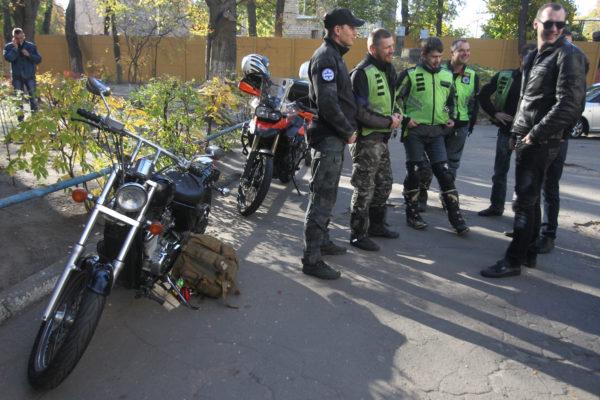 Волонтеры на мотоциклах будут доставлять кровь в столичные больницы