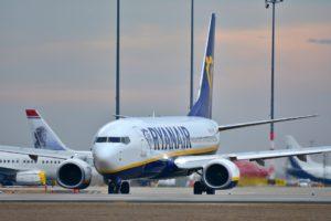 Ryanair распродает билеты на рейс Киев-Краков, который отменила МАУ