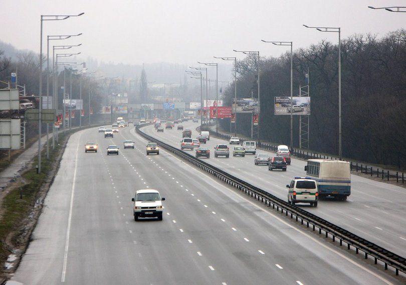 Новый антирекорд: в Киеве водитель разогнался до 288 км/ч