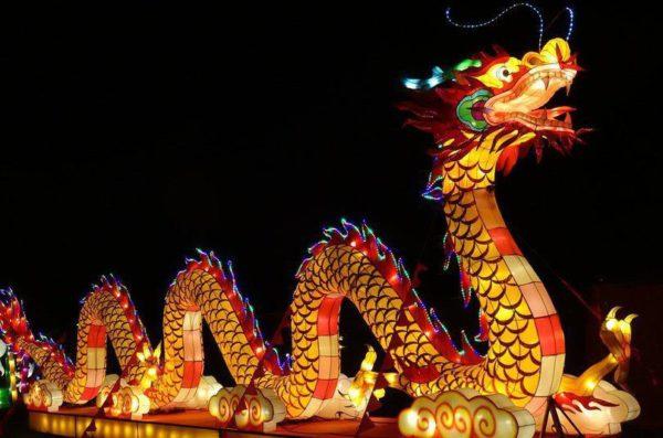 На Певческое поле возвращается фестиваль гигантских китайских фонарей