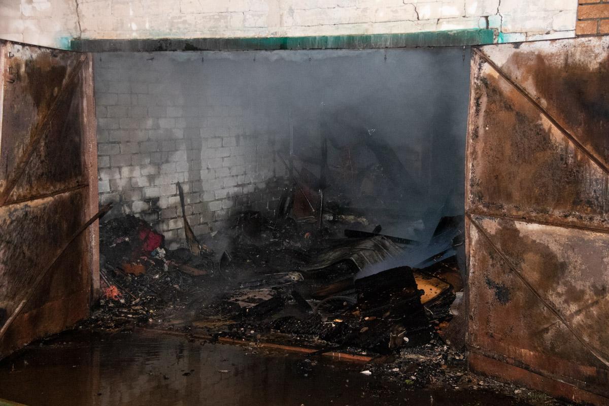 В столице горели частные гаражи