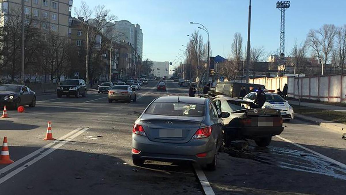 Сегодня в Киеве произошло около 20 ДТП