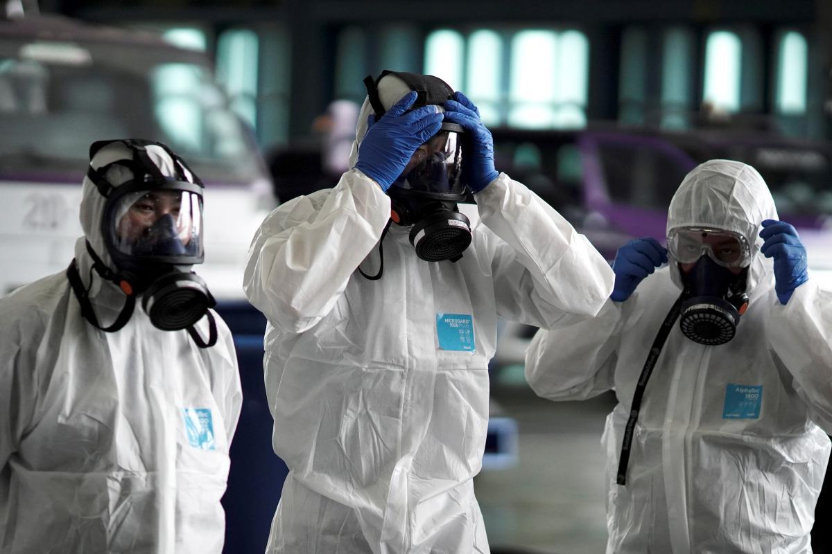 В Киев привезли тест-систему для выявления коронавируса